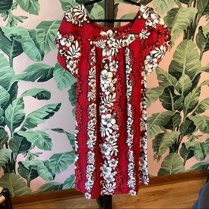 Red Hibiscus XL Muumuu Made in Hawaii Tiki